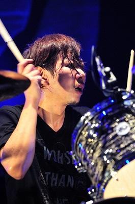 松田 晋二.2012