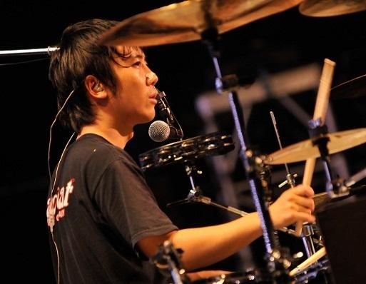 升 秀夫.2008